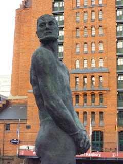 Claas Störtebecker sculpture by Hans-Jörg Wagner, HafenCity, Hamburg, Germany