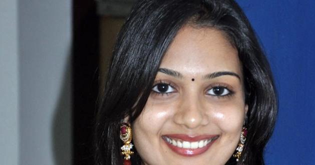 Indian nude girls: More desi lesbian hot scenes indian