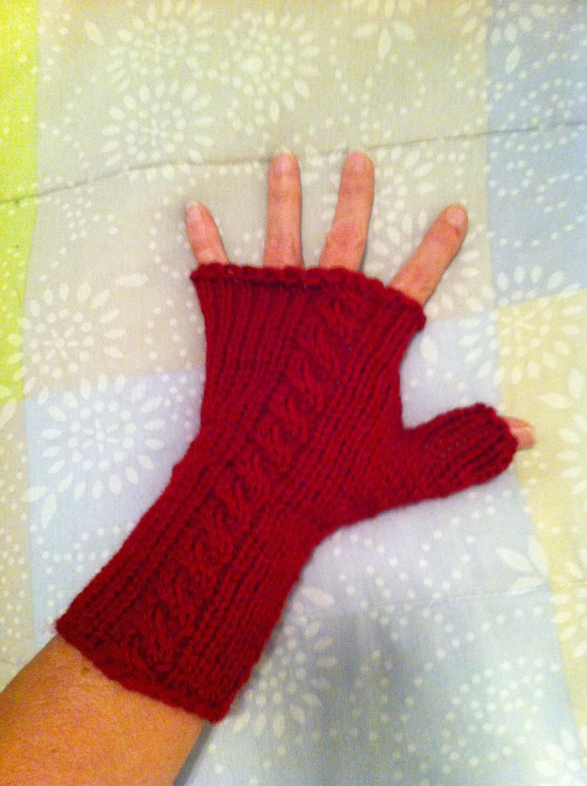Machine knitting fun fingerless gloves by karalyn machine knitting fun jeuxipadfo Image collections