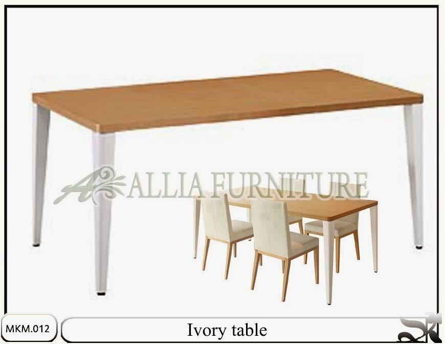 Set minimalis meja kursi makan Ivory