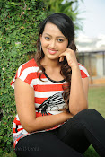 Ester Noronha photos bheemavaram bullodu press meet-thumbnail-19