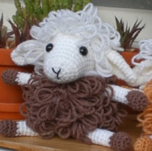 http://www.speckerna.de/pics/Muster/Curly_the_sheep.pdf