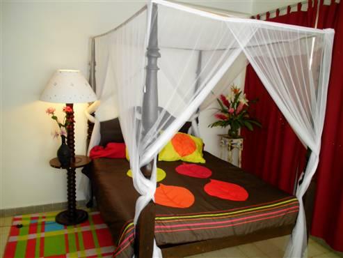 Location chez l 39 habitant guadeloupe 30 euros jour air - Chambre chez l habitant barcelone pas cher ...