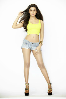 Aishwarya Arjun Latest  Picture Shoot Pictures 7.jpg