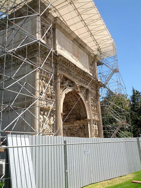 Arco di Traiano 2013