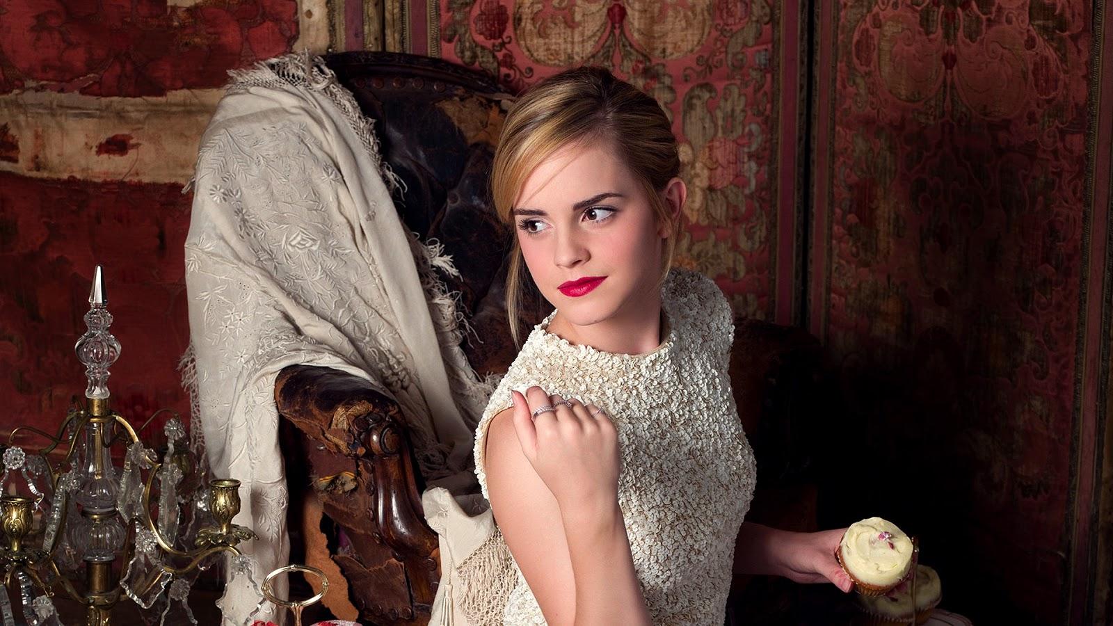 Hot Lips of Emma Watson Wallpaper HD