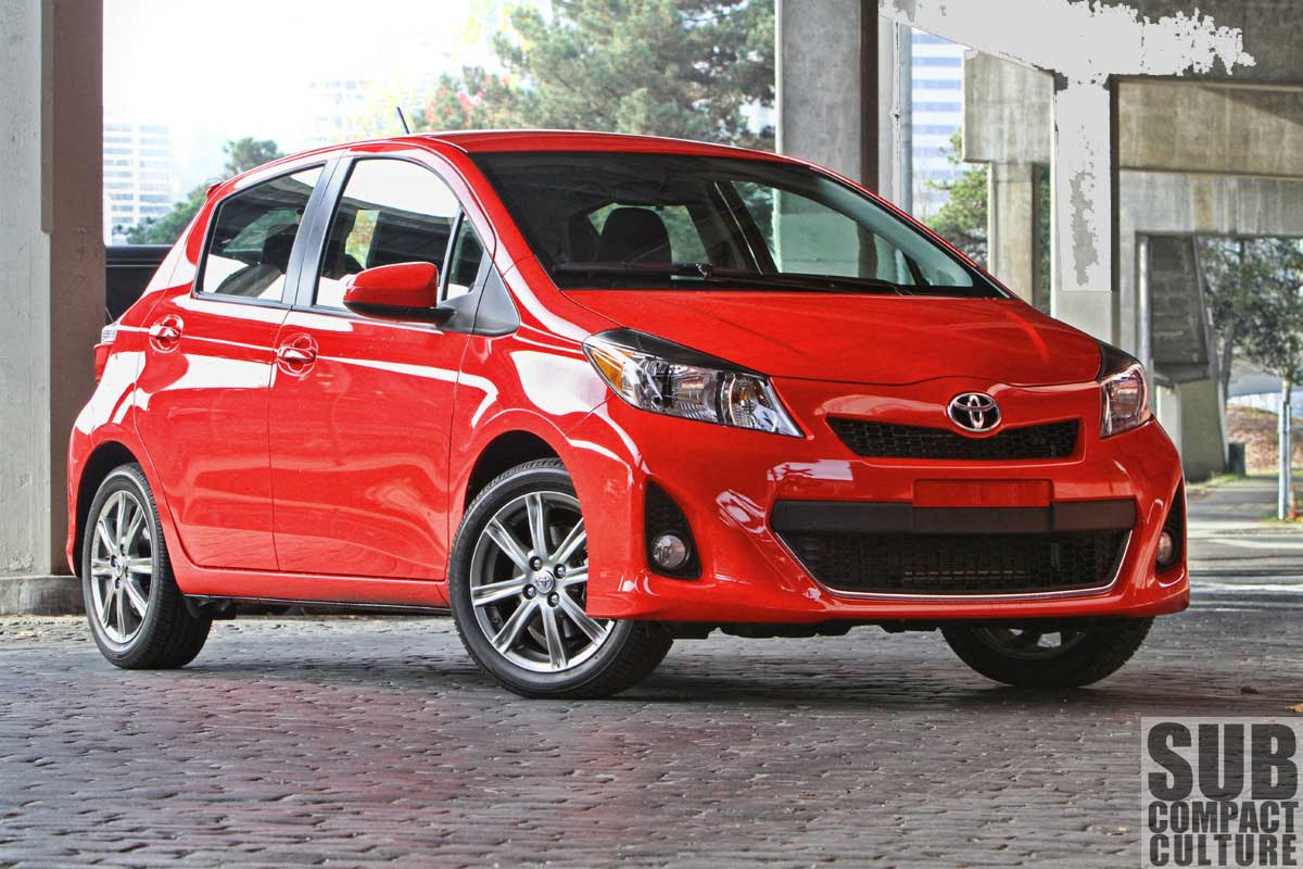 review 2012 yaris se a surprisingly sporty mix of new and old subcompact culture the small. Black Bedroom Furniture Sets. Home Design Ideas
