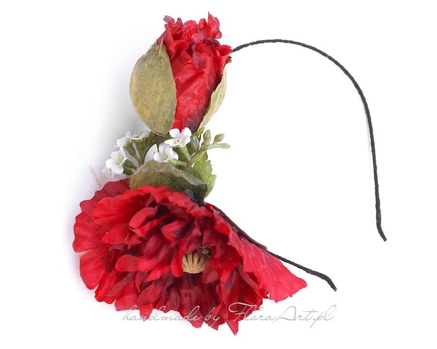 Czerwona opaska ślubna