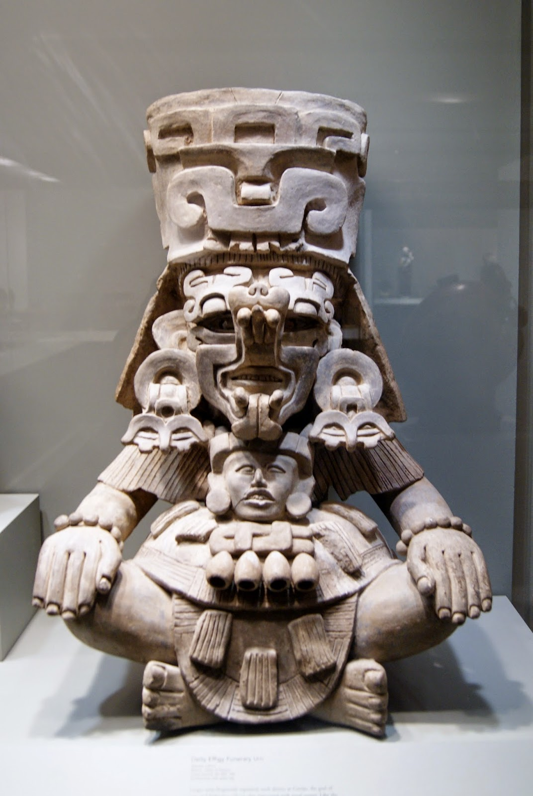 Gardiner Museum of Ceramic Art in Toronto, Artmatters, Culture, Ontario, Canada, MelaniePs, The Purple Scarf, Camp Fires, Exhibit, Exhibition, Mexico, Deity Effigy, funerary Urn