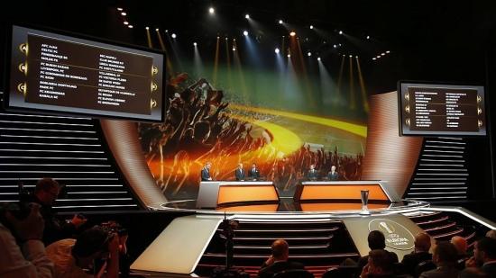 Sorteio define os integrantes dos 12 grupos da Liga Europa