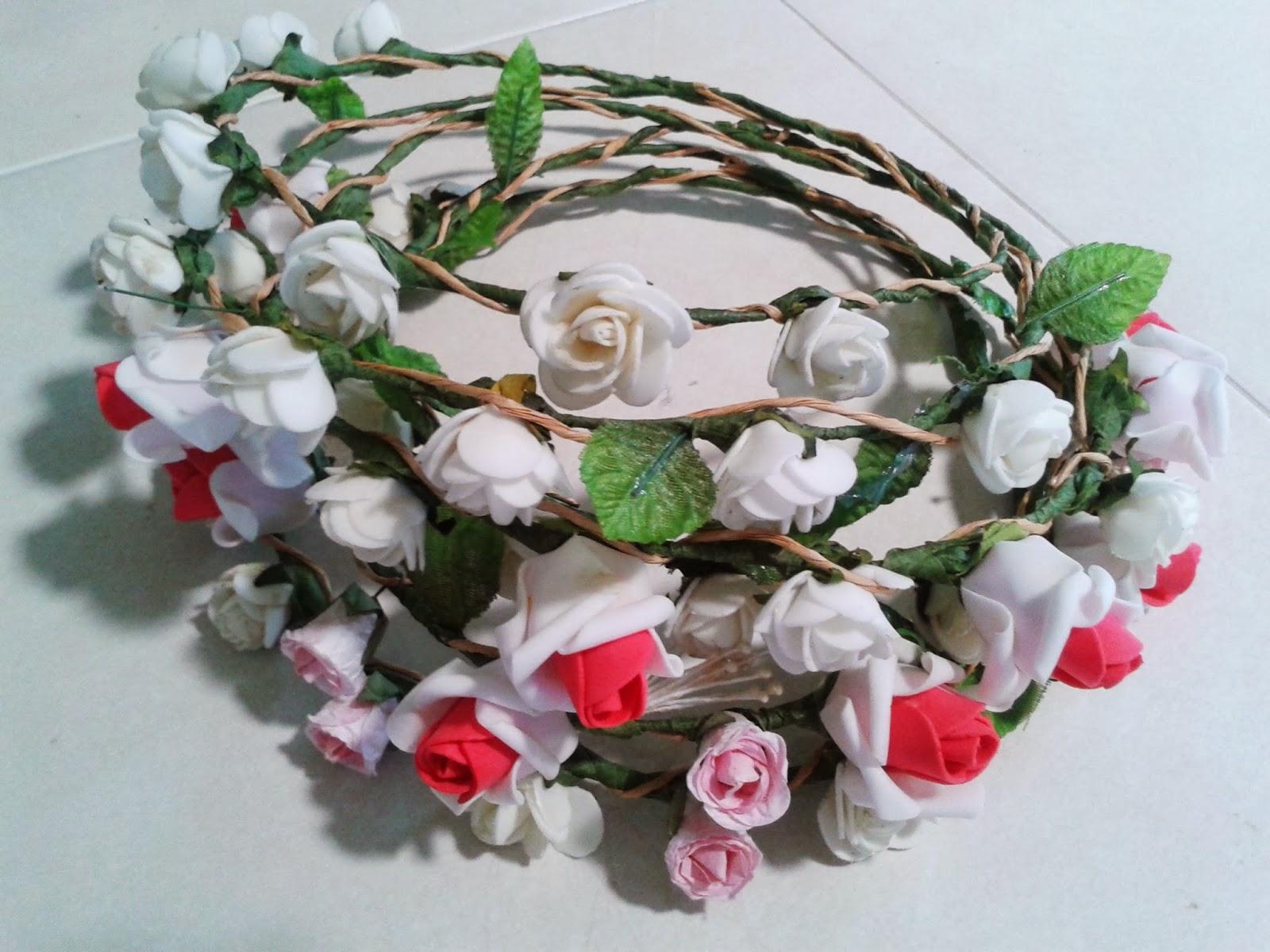 Perhentian hidup cik akie jom tempah floral crown by gadis floral izmirmasajfo
