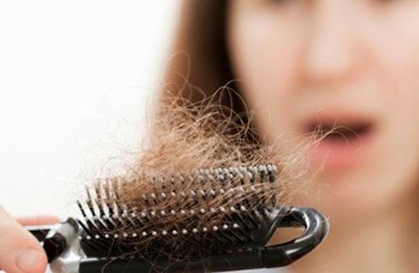 Cara menumbuhkan rambut secara alami yang sudah botak dengan menggunakan Santan