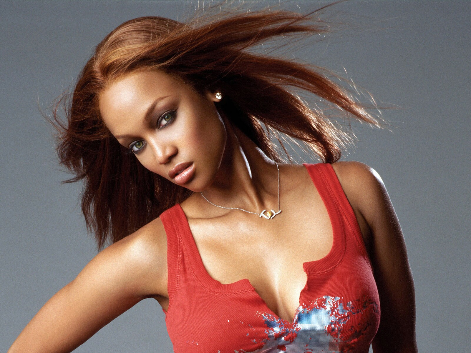 hq celebrity pictures Tyra Banks hot hd wallpapers