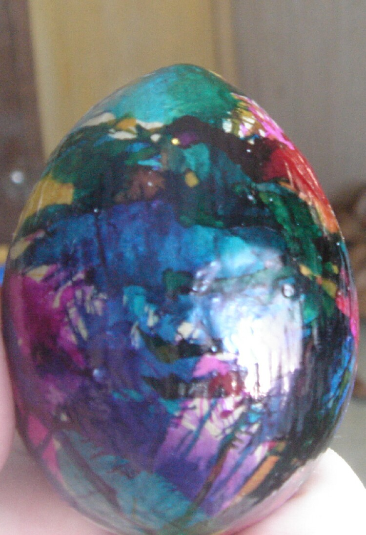 Paper Mache Decorating All Thumbs Crafts How To Decorate Paper Mache Easter Eggs