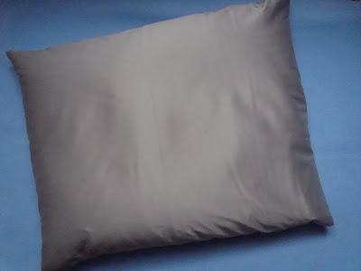Poduszka z łuskami gryki od Nowe Klimaty
