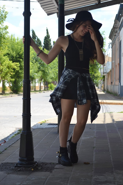 skirt, hat, floppy hat, plaid shirt, boho, chic, bohemian look, fashion blogger, fashion blogger argentina