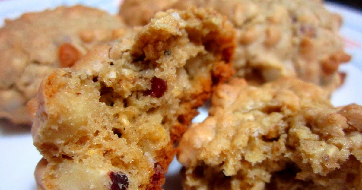 Irene's Recipe: Almond Cranberry White Chocolate Oatmeal Cookies