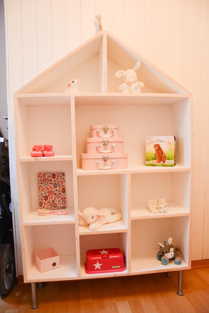 stadtkind design ein diy regal f r das babyzimmer. Black Bedroom Furniture Sets. Home Design Ideas