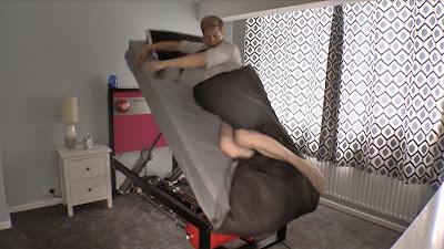 tempat tidur ekstrim