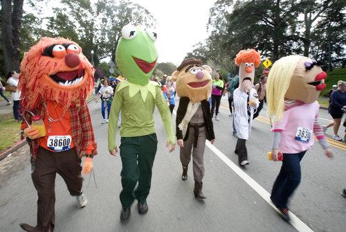 http://1.bp.blogspot.com/-PMeMQG-it7w/Twr5jTSt4oI/AAAAAAAABE0/3N5NlmdijPw/s1600/muppets+run.jpg