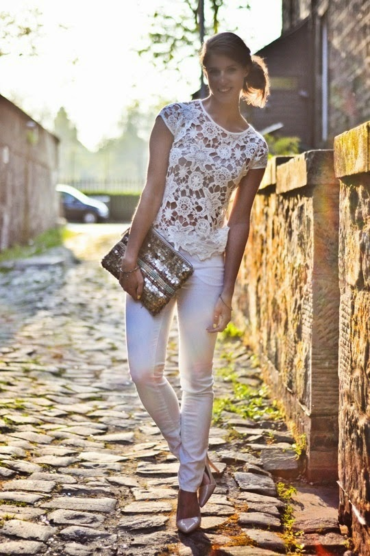 White skinnies + Aldo Flicker shoes + lace top
