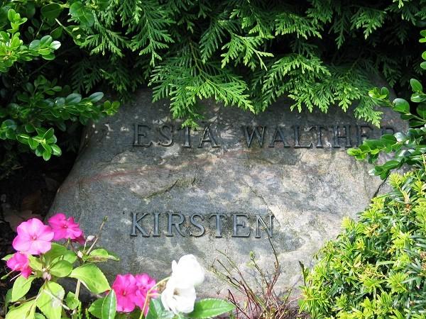 Kirsten Walther gravsten