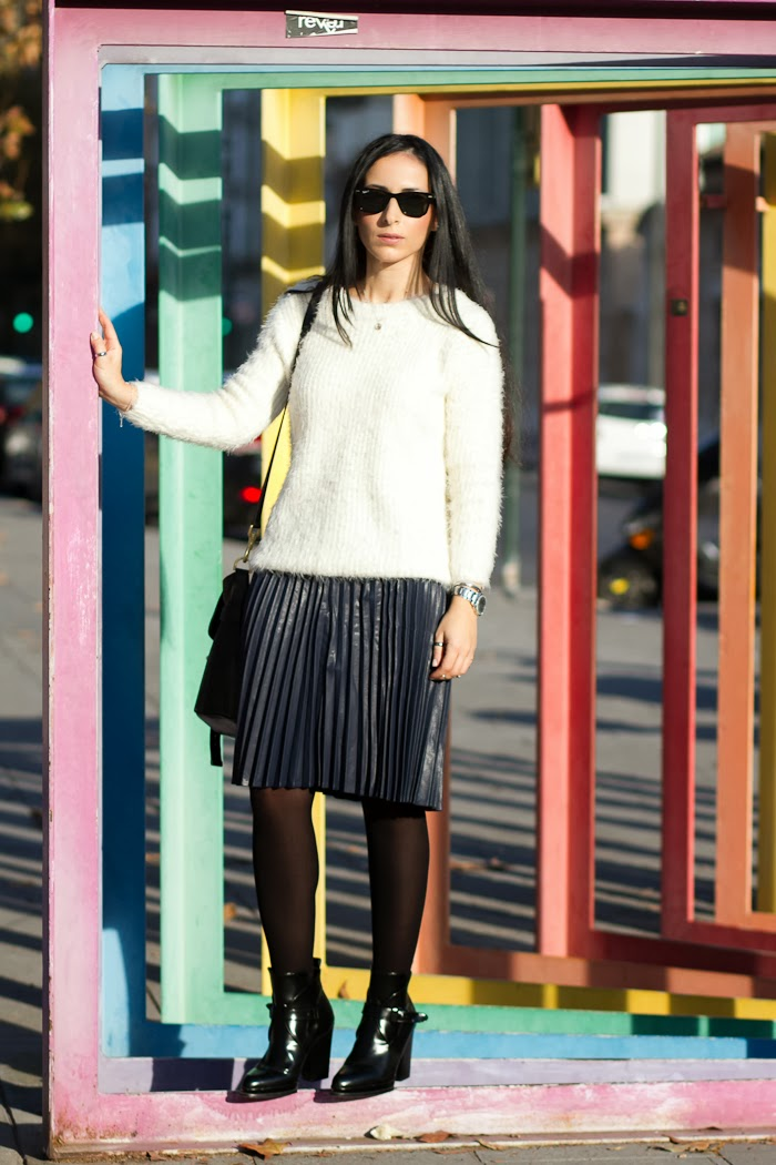 Streetstyle Blog withorwithoutshoes with navy blue pleated midi skirt and fluffy jumper