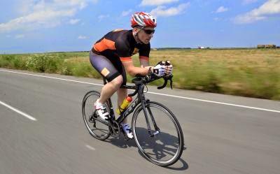 Alex Filip (bicicleta Felt)