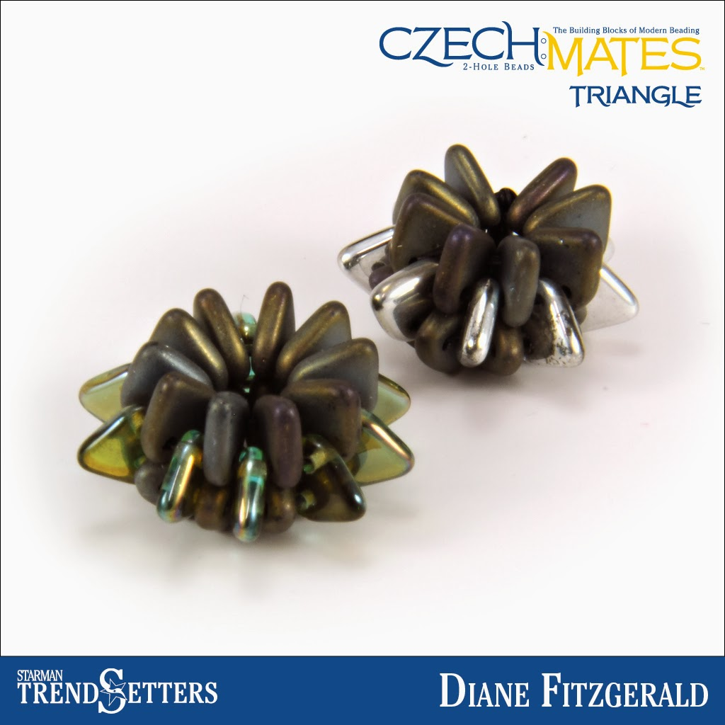 CzechMates Triangle beaded bead by Starman TrendSetter Diane Fitzgerald