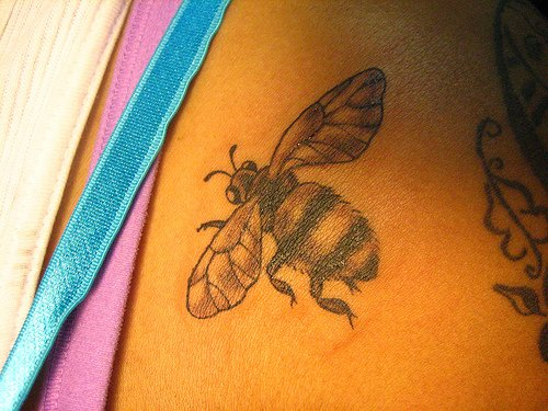 Bee_tattoo_10jpeg