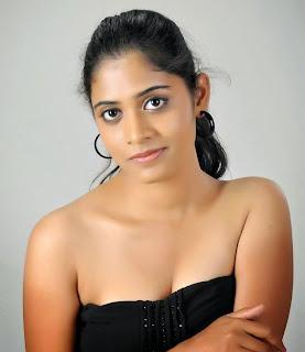 model samatha cleavage