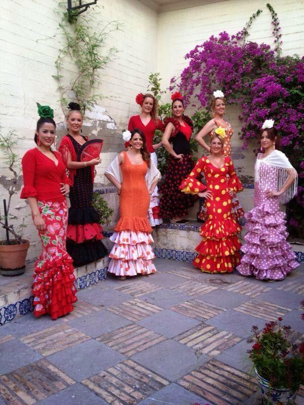 Alquiler de trajes de flamenca feria de abril de sevilla for Servicio tecnico jane sevilla calle feria