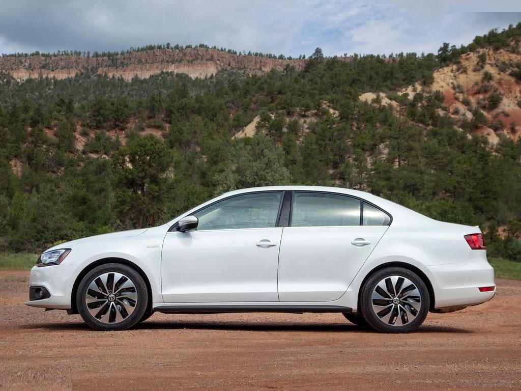 All New Volkswagen Jetta Hybrid Wallpapers