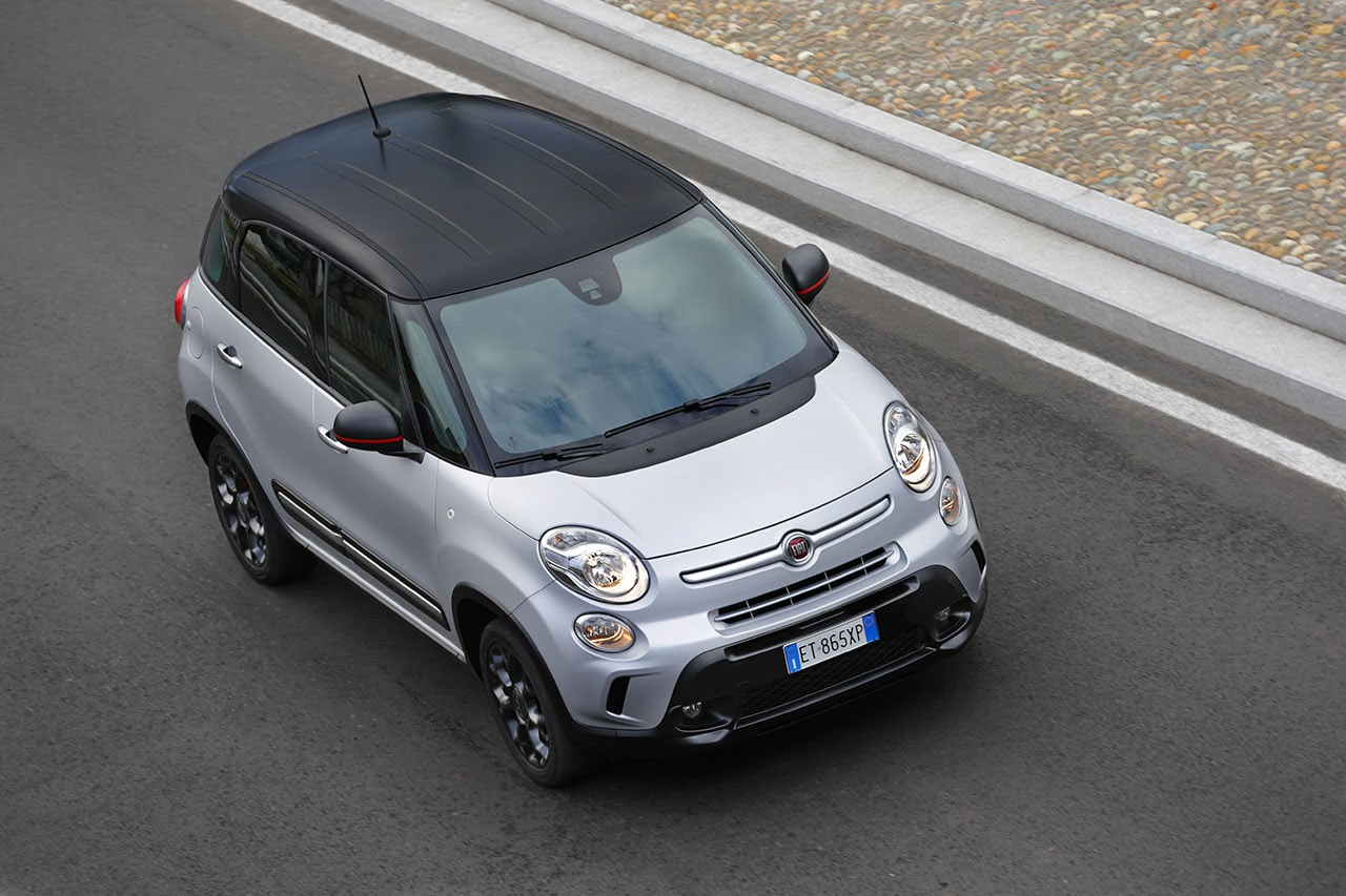 2014 Fiat 500L Beats Edition™ top