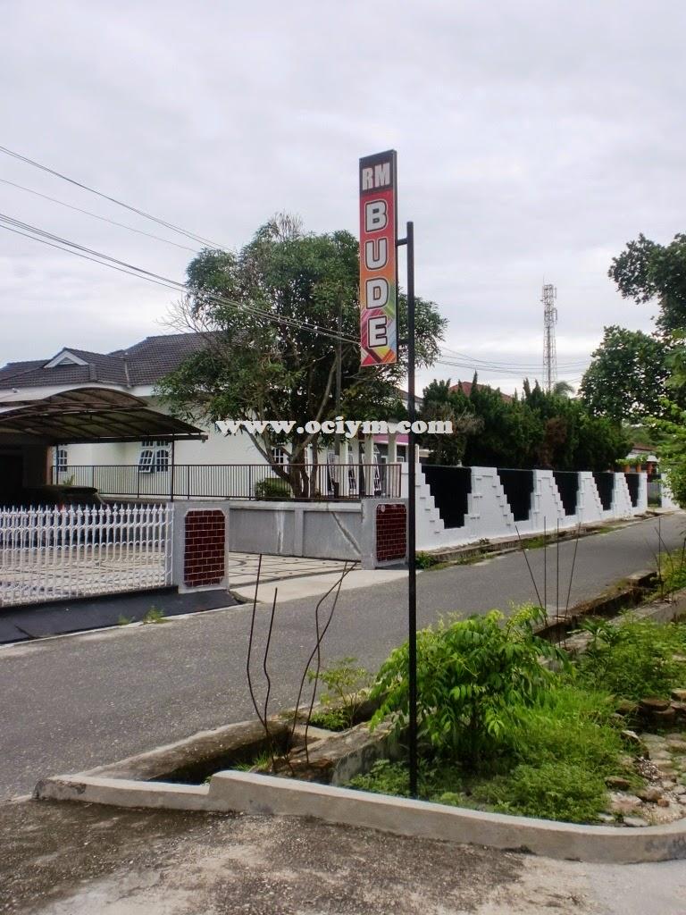 Rumah Makan Bude Di Pekanbaru