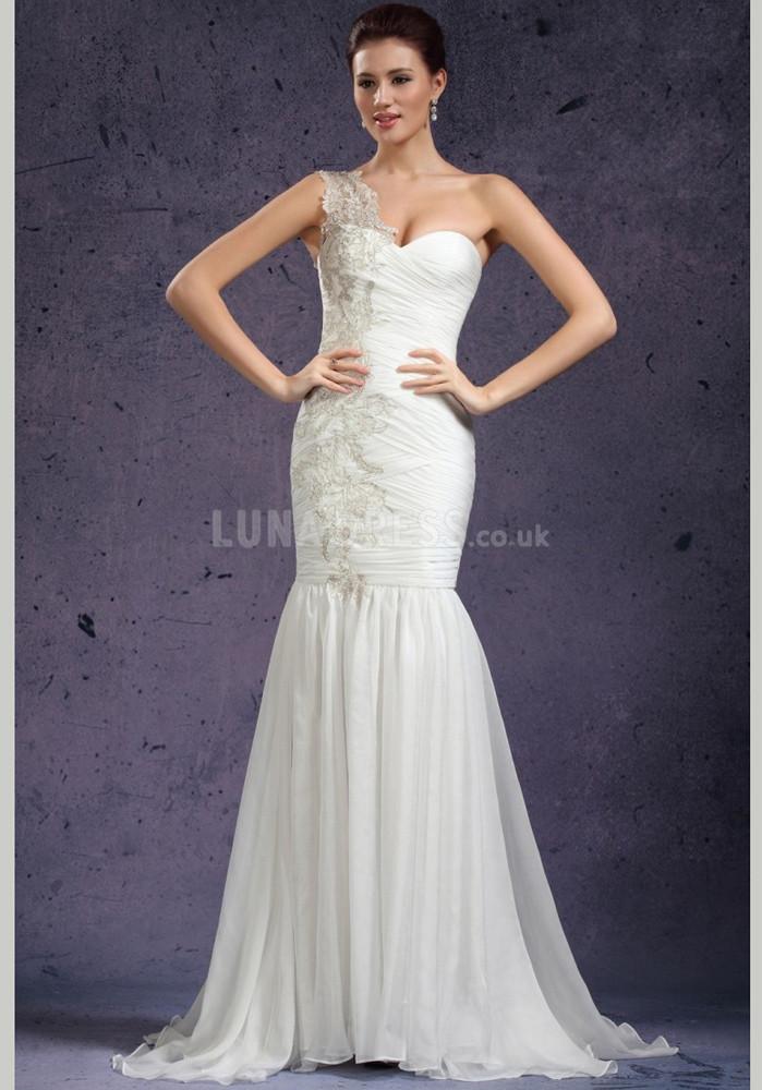 Flattering bridesmaid dresses colors for winter wedding | UK Fashion ...