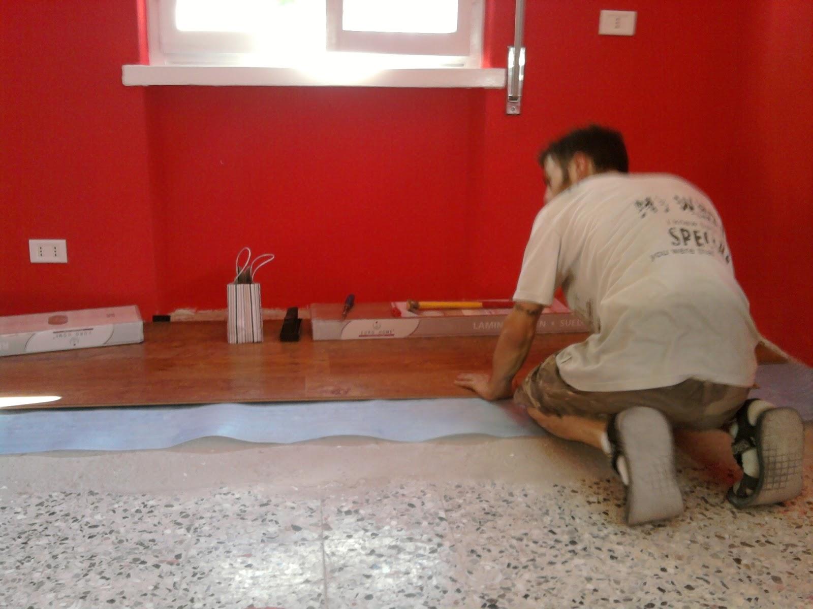 Andrea Cassinelli Artigiano: Posa pavimento laminato