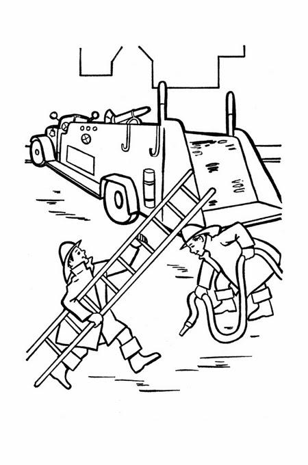 رجال الدفاع المدني خلال عملهم الشاق مع سيارة الإطفاء للتلوين