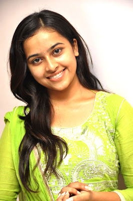 Sri divya latest photos at mallela teeramlo sirimalle puvvuu pm