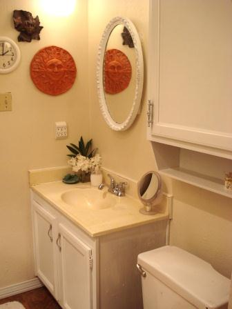 small bathroom make over  for what it's worth