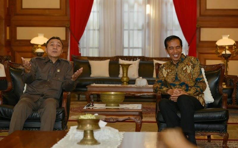 Jokowi Cetak Sejarah Buruk Kenaikan Harga BBM