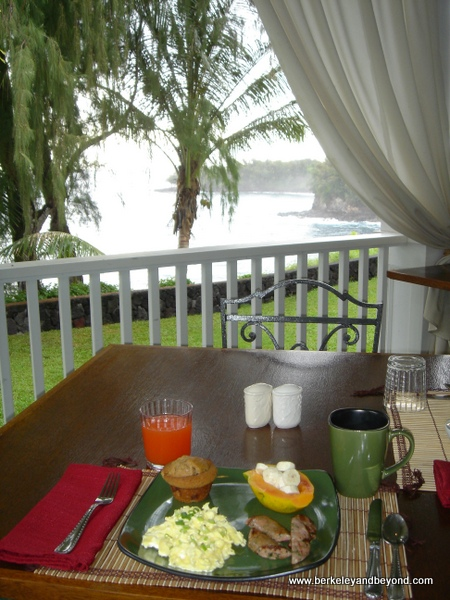 breakfast at Palms Cliff House in Honomu, Big Island, Hawaii