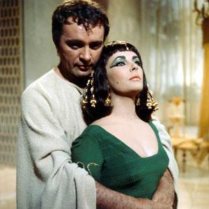 Richard Burton y Elizabeth Taylor en Cleopatra