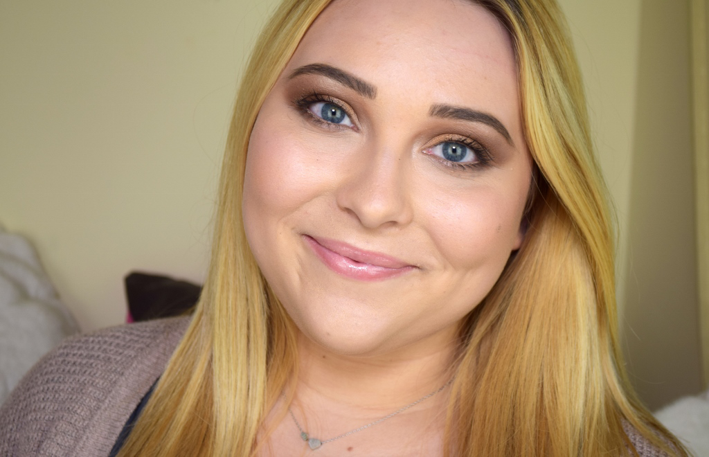 Clarins Instant Light Natural Lip Perfector Review Swatch 01 Rose Shimmer 02 Apricot Shimmer