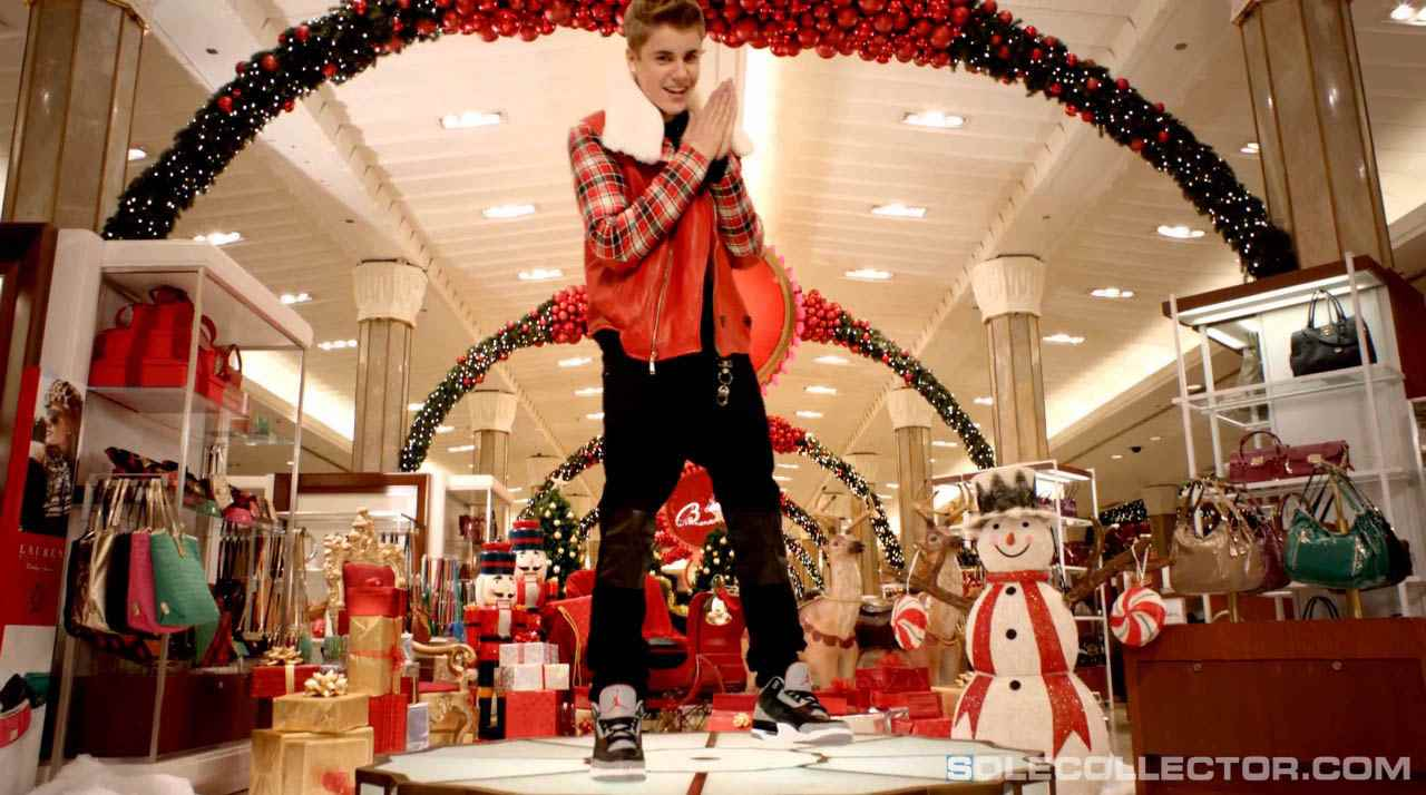 Wake\'N\'Lace: Justin Bieber Shoots Christmas Video in \
