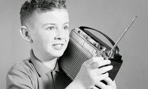 mendengarkan%2Bradio Soal Kelas 1 SD Kurikulum 2013 Tema Tubuhku
