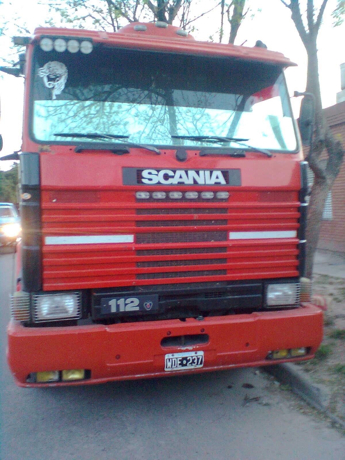 Camiones Nuevos y Usados: SCANIA 112 FRONTAL
