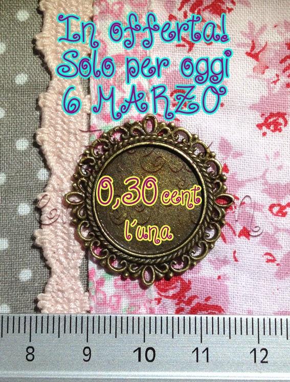 http://www.freakemporium.it/basi-e-cornici/850-super-offerta-solo-per-oggi-cornice-tonda-.html