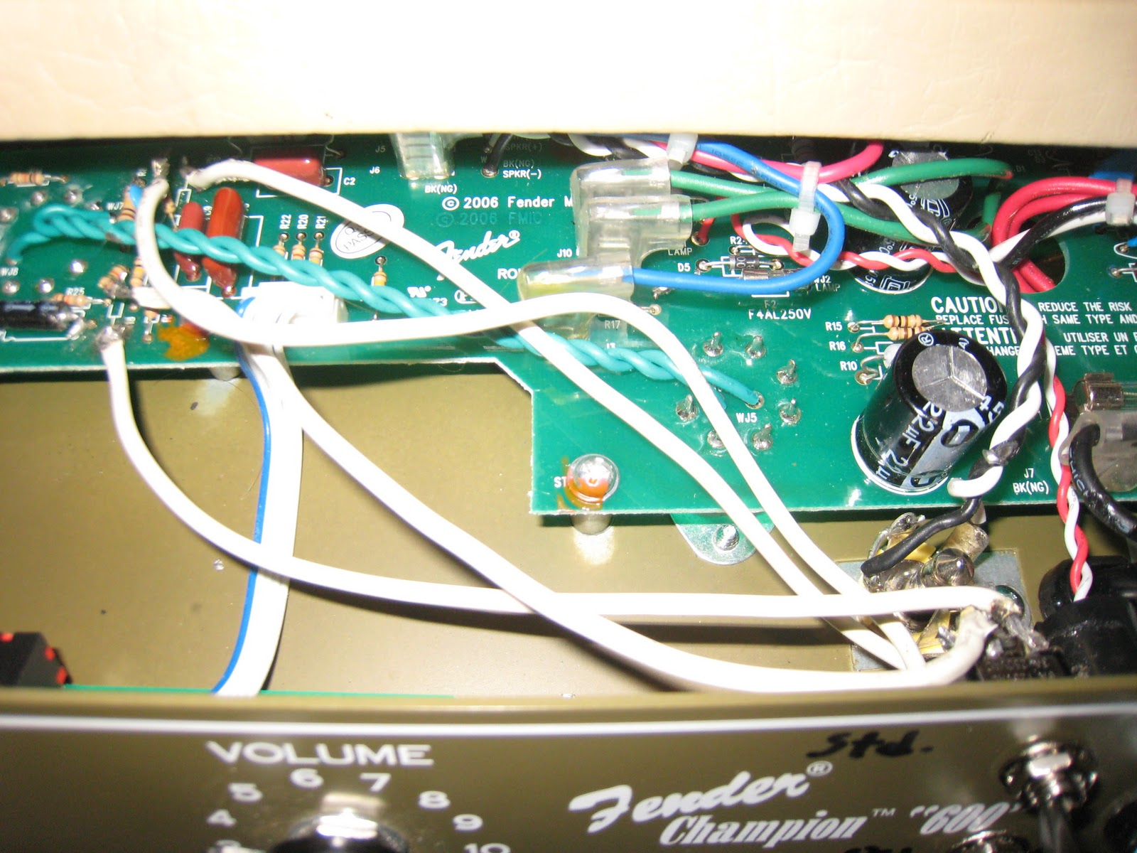 The Old Weird America Modding Fender 600 Champion Champ Wiring Diagrams Wires Leading To Resisters And Breadboard I Made Sure Went Same Parts In Relation Switch So Theyd Both Be Off