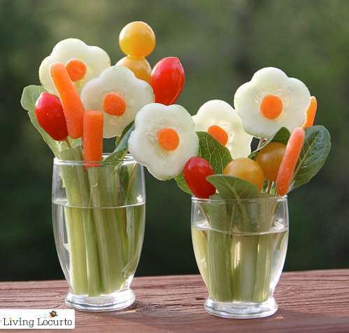 Fancy Vegetable Tray Ideas http://www.bedifferentactnormal.com/2011/04/veggie-bouquet.html